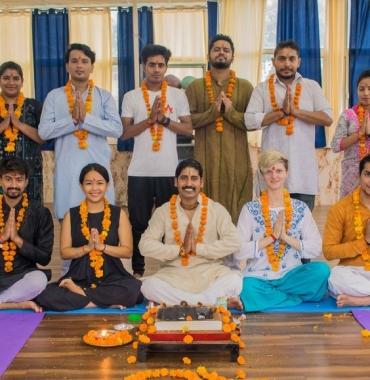 300 Hour Yoga Teacher Training in Rishikesh,India|Rishikesh Yogkulam